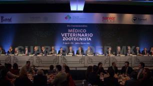 México exporta más alimentos de los que importa