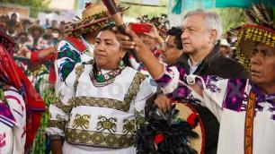 Protestas de organizaciones son por dinero: Obrador